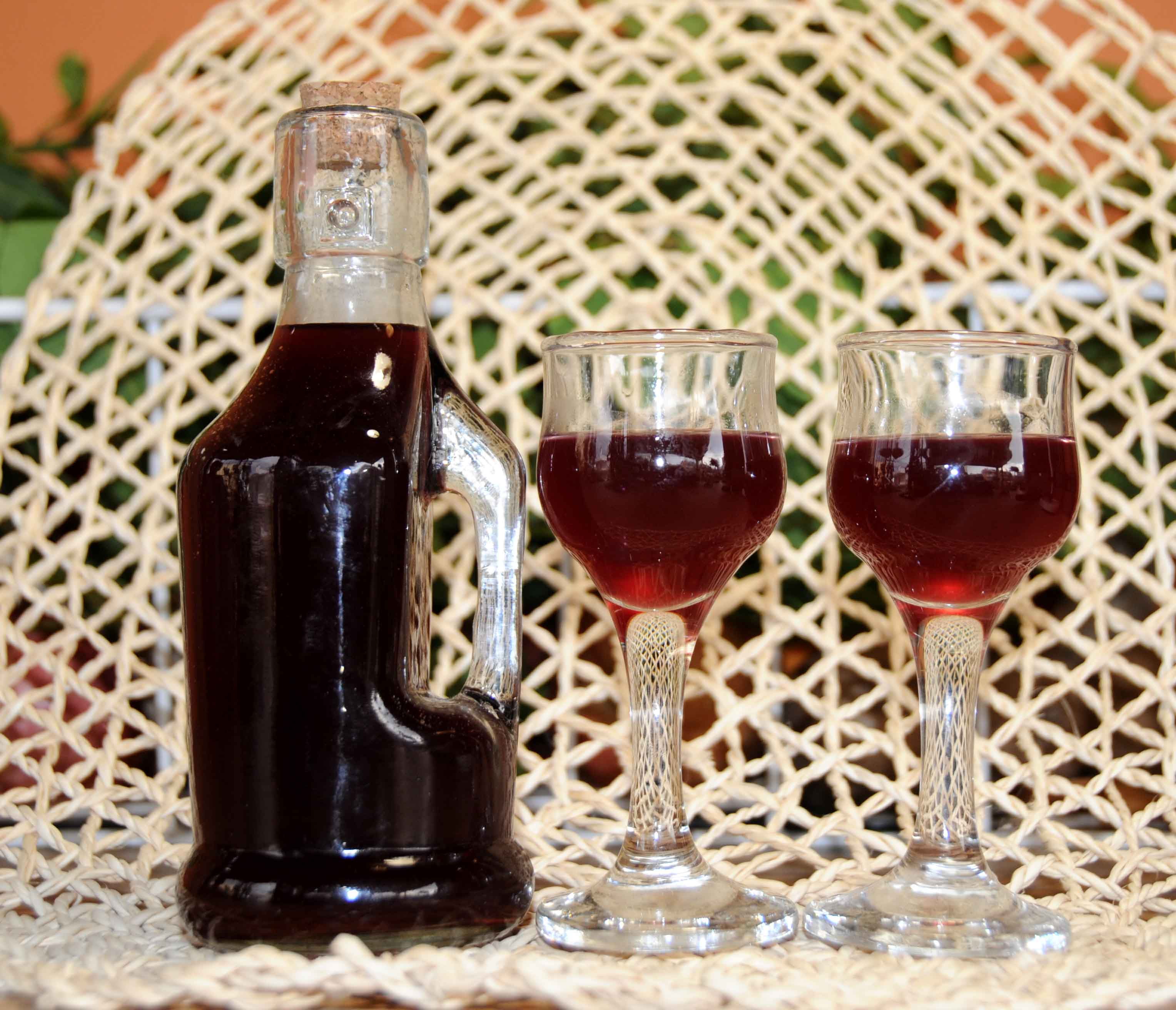 Liqueur with Black Berries _ Photo By Thanasis Bounas