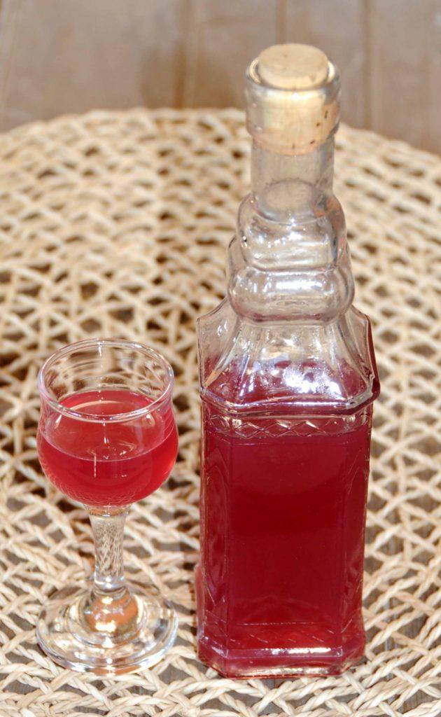 Homemade Liqueurs Red Globe Grapes Liqueur _ Photo By Thanasis Bounas